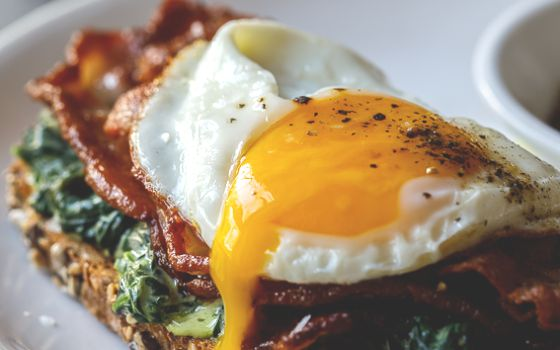 Bacon, Spinach & Egg Toast Recipe
