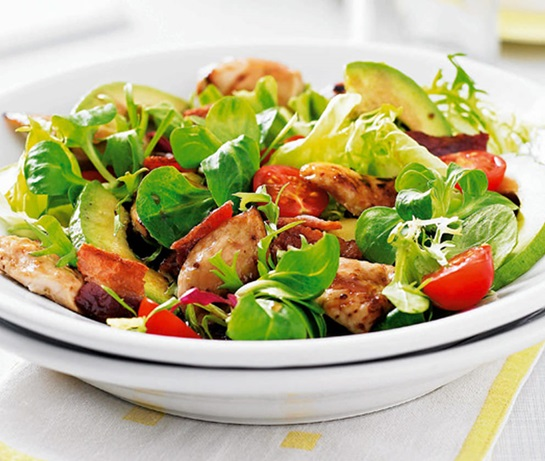 Smoked Chicken & Avocado Salad Recipe