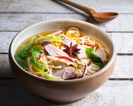 Smoke Duck and Noodle Soup